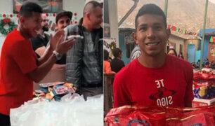 Edison Flores llevó chocolatada navideña a niños de Jicamarca
