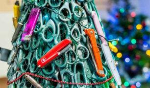Lituania: crean árbol con objetos confiscados a viajeros en aeropuerto