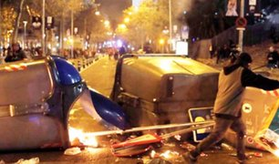 España: se registran protestas y disturbios en los alrededores del estadio de Barcelona FC