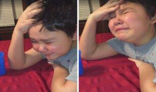 Niño conmueve las redes con su reacción tras vencer el cáncer
