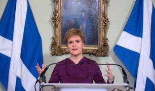 Primera ministra de Escocia pide referéndum de independencia