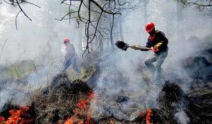 Altas temperaturas y fuertes vientos expanden incendios en Australia