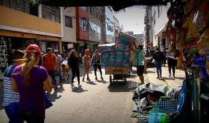 Caos navideño: calles del Centro de Lima lucen alborotadas por fiestas de fin de año
