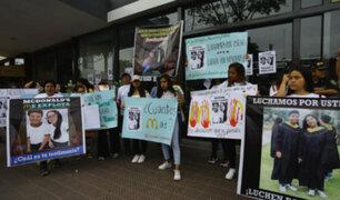 Tragedia en McDonald's: realizan plantón en Miraflores por muerte de dos jóvenes