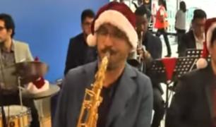 La Navidad ya se vive en el jorge Chávez con un show de jazz