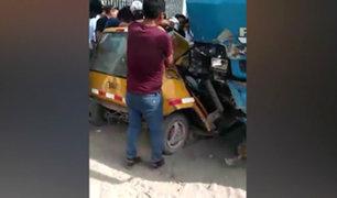 Arequipa: aparatoso choque entre camión y taxi deja un muerto