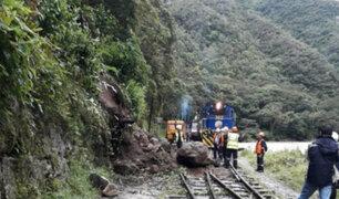 Cusco: deslizamiento de tierra y piedras bloquea vía férrea a Machu Picchu