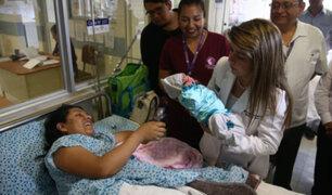 Alessia Beisell, es la primera bebé nacida en Navidad en la Maternidad de Lima