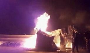 Puno: voraz incendio de reduce a cenizas almacén municipal