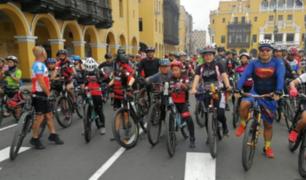 La última trepada del año: ciclistas pedalearon hasta el Cerro San Cristóbal