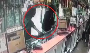 La Victoria: ladrones armados robaron farmacia