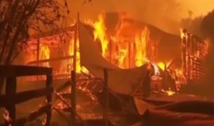 Australia en llamas: miles atrapados en playas por incendios forestales