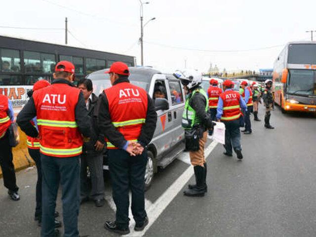 Rímac: policía queda herida durante enfrentamiento con transportistas informales