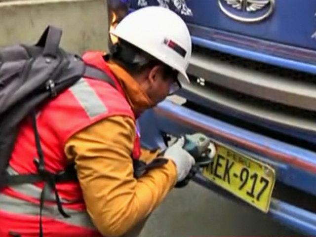 Atocongo: retiran placas a vehículos informales que circulan en la Panamericana Sur
