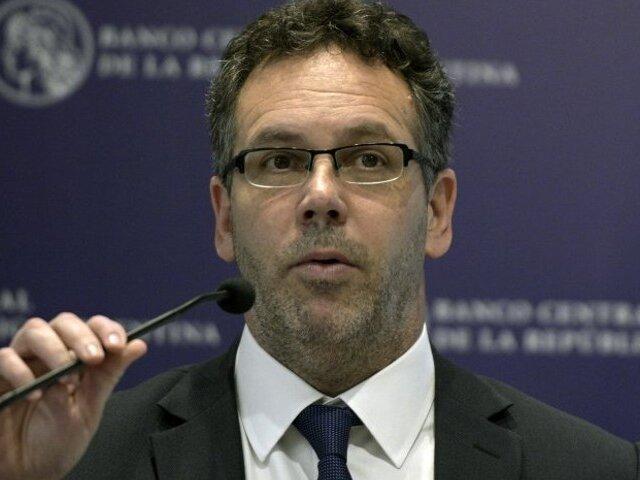 Argentina: presidente del Banco Central renuncia ante cambio de Gobierno
