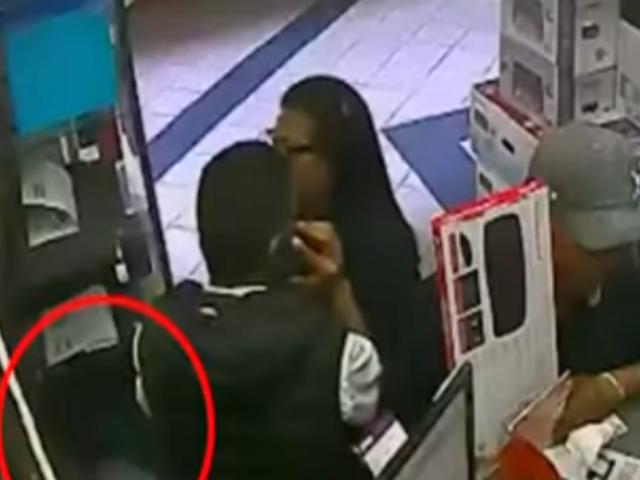 Los Olivos: delincuentes roban laptop en centro comercial