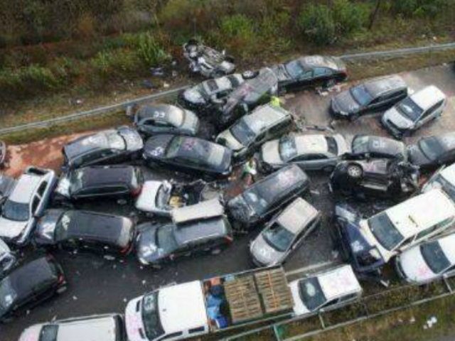 Tailandia: conductor provocó choque múltiple tras quedarse dormido