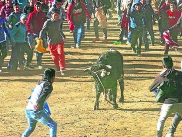Huancavelica: joven es embestido por toro durante fiesta tradicional