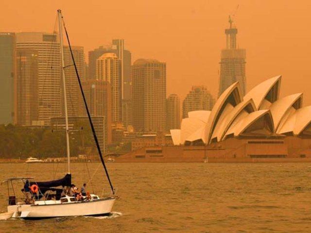 Australia: Sidney se tiñe de naranja por incendios forestales