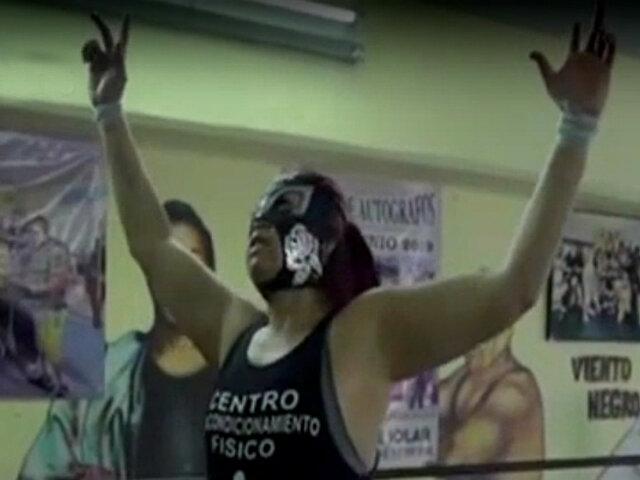 México: sufría acoso y ahora es peleadora de lucha libre