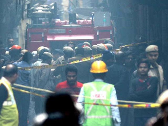 Más de 40 muertos dejó incendio en una fábrica de la India
