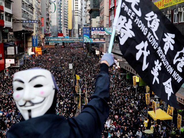 Manifestantes antigubernamentales vuelven a tomar calles de Hong Kong