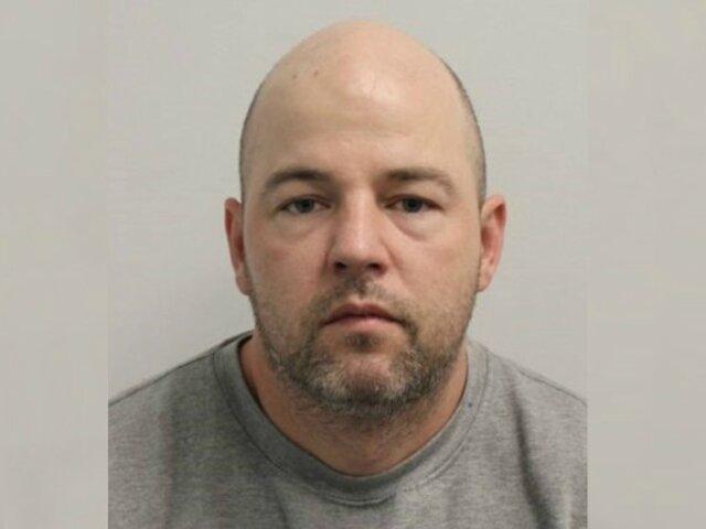 ¡Indignante! Violador en serie sale de prisión por error y comete más delitos