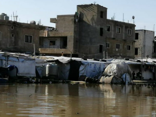Líbano: torrenciales lluvias inundaron calles de Beirut