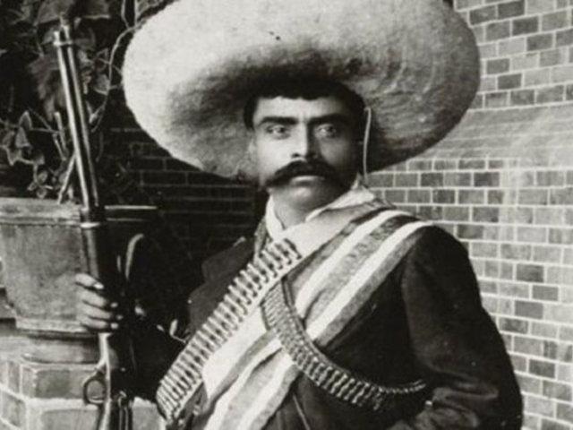 """Pintura """"Emiliano Zapata Gay"""" desata polémica en México"""