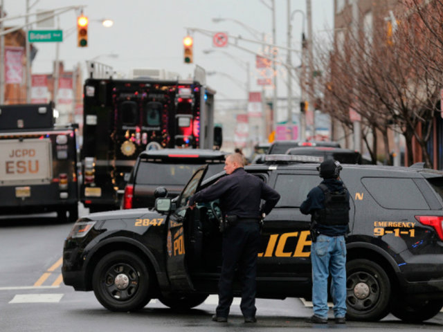 EEUU: tiroteo deja a dos efectivos heridos en Jersey City