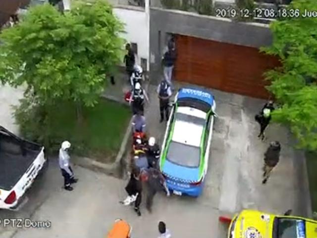 Mujer muere y hombre queda herido tras caer de cuarto piso de una vivienda en Surco