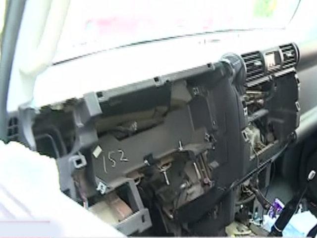 Miraflores: ladrones se llevan 5 mil dólares en autopartes tras desmantelar camioneta