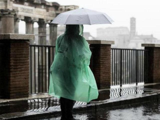 Tormenta Santa Lucía mantiene atemorizados a italianos
