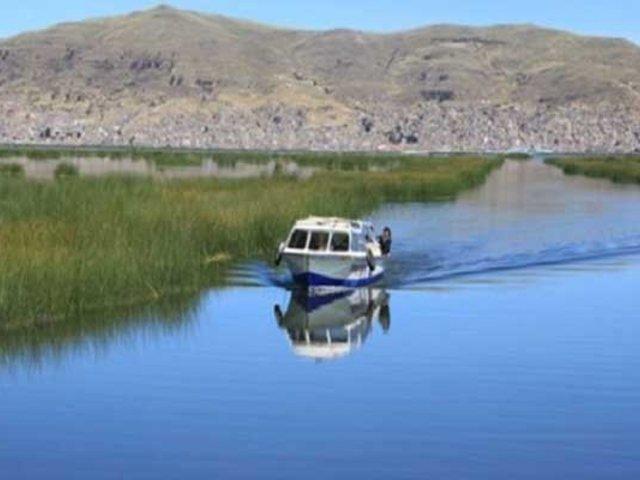 Puno: especialistas buscan recuperación ambiental del lago Titicaca