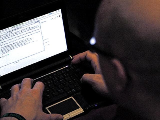 Denuncian que hackers habrían robado casi un millón de soles del Bono Universal