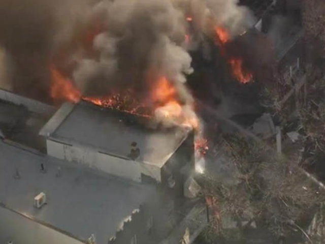 VIDEO: varias casas destruidas deja violenta explosión en un barrio de EEUU