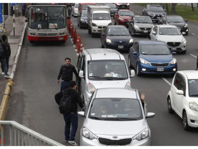 Propietarios de corredores viales piden al Gobierno no ceder a presiones de colectiveros