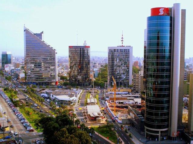 Economía peruana: BCR recorta estimado de crecimiento de 2.7% a 2.3%