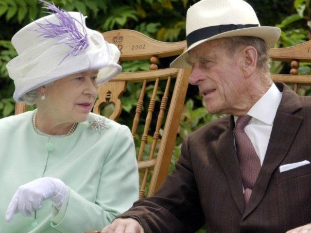 Inglaterra: Príncipe Felipe es hospitalizado de emergencia