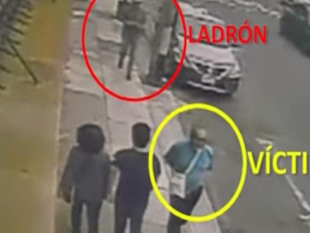 Miraflores: video muestra a marca que asaltó y acuchilló a padre de periodista Ana Trelles