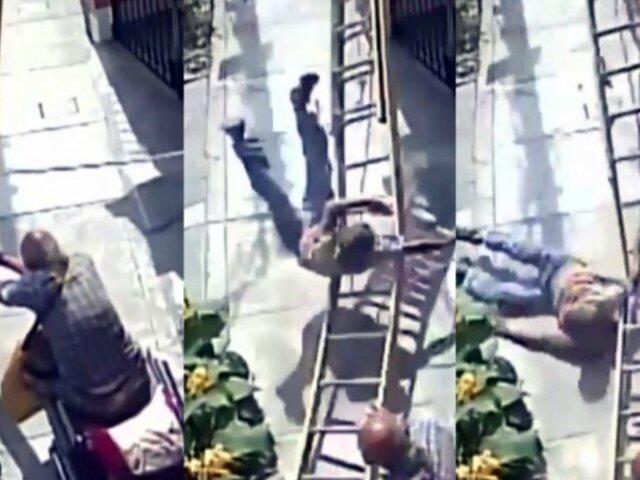 SMP: vecinos señalan que anciano de silla de ruedas siempre tiene actitud hostil