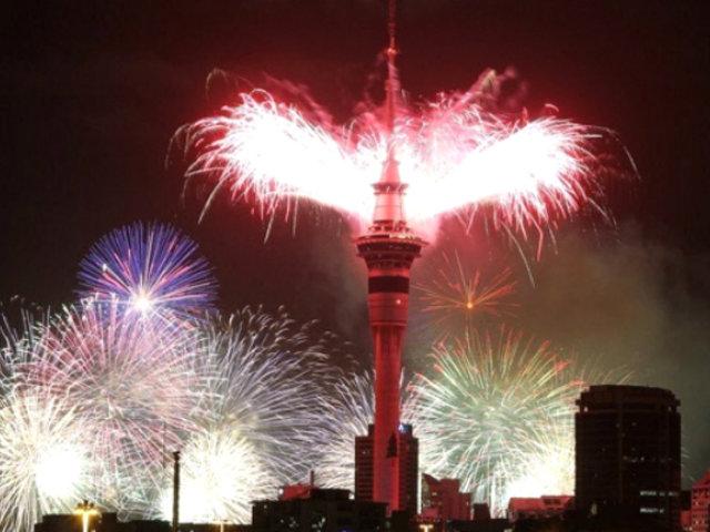 Nueva Zelanda recibe con fuegos artificiales el Año Nuevo 2020