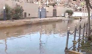 Aniego de aguas servidas afecta a vecinos de Chorrillos