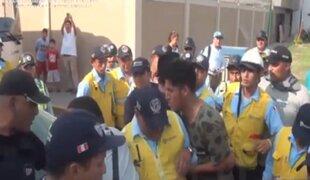 Surco: inspectores son agredidos por intervenir colectivo informal