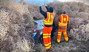 EEUU: plantas rodadoras cierran autopista y dejan atrapados a varios conductores