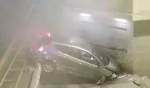 Cercado de Lima: conductor en estado de ebriedad estrelló su vehículo contra vivienda