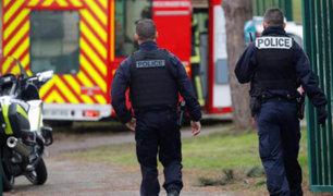 Francia: un muerto y dos heridos deja ataque con cuchillo