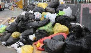 SMP: vecinos denuncian que hace meses no recogen la basura