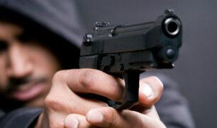 Comas: sujetos robaron 1000 soles de minimarket