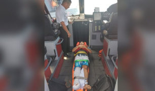 Callao: rescatan a ciudadano filipino herido en medio del mar